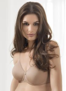 frau mit drei brüsten nackt